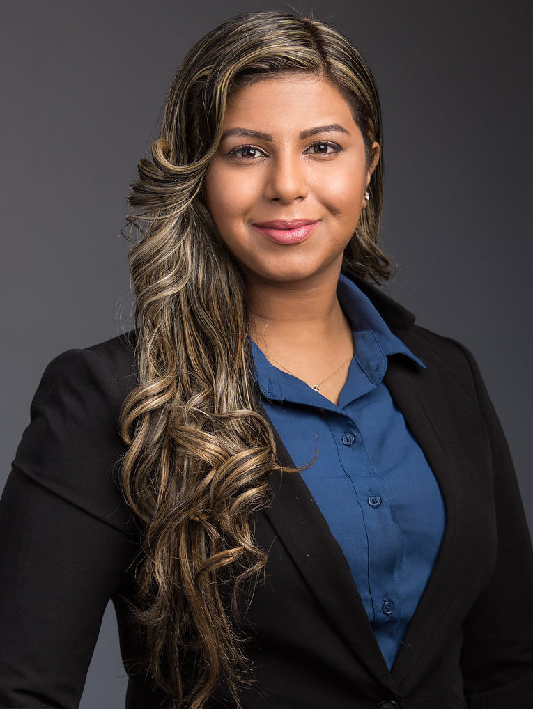 Shanaz Khan Toronto Lawyer